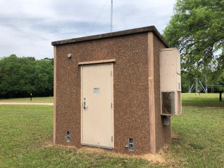 8' x 10' ROHN Concrete Shelter 1