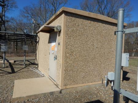"""11'5""""W x 22'L Fibrebond Concrete Shelter 1"""