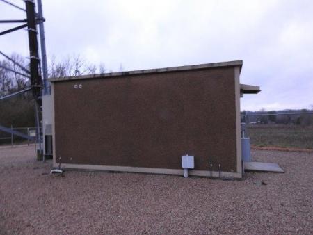 Used 11.5' x 20' Fibrebond Concrete Shelter 1